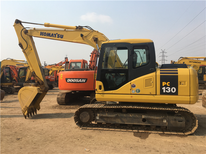 Used Caterpillar 320DL Excavator