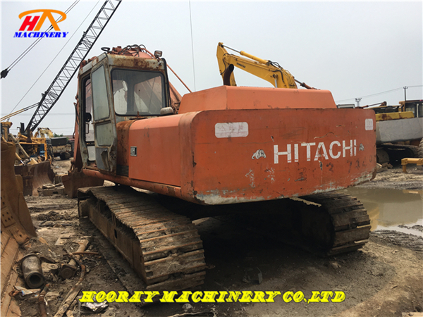 Used Hitachi EX200-1 Excavator