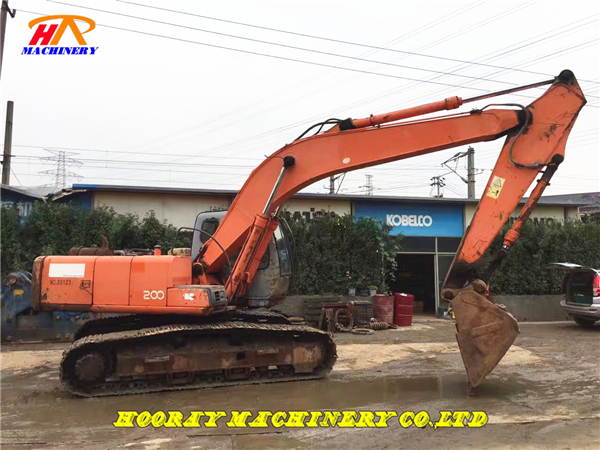 Used Hitachi EX200-5 Excavator